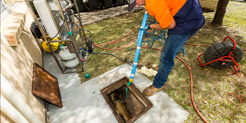 Nuflow trenchless pipe repair